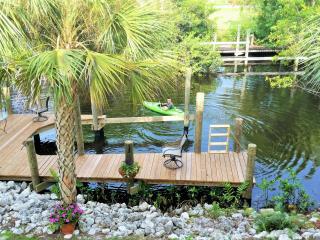 Belle Rio Beauty: New House on Canal, Private Pool, Bonita Springs