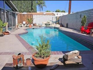 Pool house for fun stay 4+2+guest house, Los Ángeles