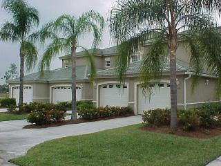Condo at Cypress Woods Golf Course, Close to Pool, Naples