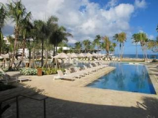 Villa FLAMINGO -3 BR at RITZ RESERVE w/ Golf Cart, Dorado