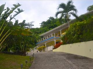 Aqua Apartment, Lower - Bequia, Belmont