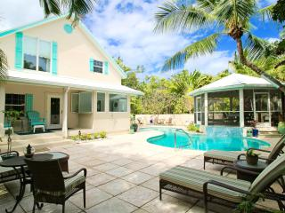 Clearwater House-4 Bd Private Home w/pool sleeps10, Playa de Siete Millas