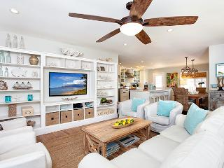 SPECIALS! Bliss Beach House- Huge Pool, Game Room!, Kihei