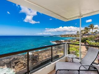 Poipu Shores 207A-Awesome 2bd/sleeps 6 Ocean Front end condo with gorgeous ocean views. Ocean front heated pool. Free car**