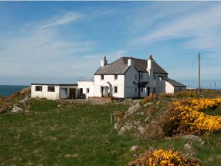 A stunning & spacious detached coastal property, Rhoscolyn