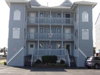 Oceanside 1st floor Condo...Steps to Ocean!, Surfside Beach