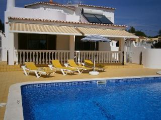 Villa Ilda Carvoeiro sleeps 8 to 10 people