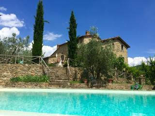 Beautiful 2 bedroom cottage with private pool, Pieve di Chio