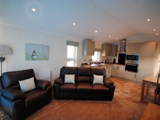 'The Meadow' Luxury Bespoke Luxury 1 Bed Lodge, Kendal