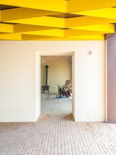 Borgo Merlassino, external details
