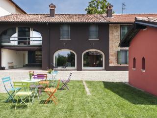 Borgo Merlassino - Ape Regina, Novi Ligure