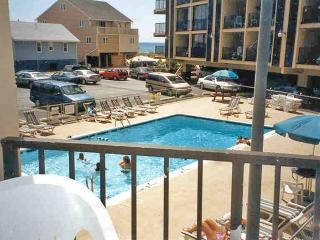 Water,Spa,Pool,Building,Resort