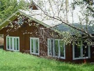 3 bedroom Farm Cottage looks out to the woods and it's own private backyard.
