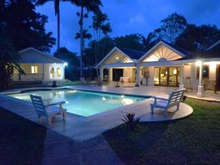 A Spacious 7-Bedroom, 7-Bathroom Holiday Villa, Porters