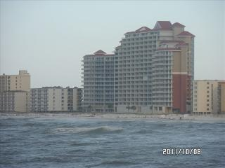 Lighthouse 309 Gulf Shores Front Door Parking , DIRECT GULF VIEWS!