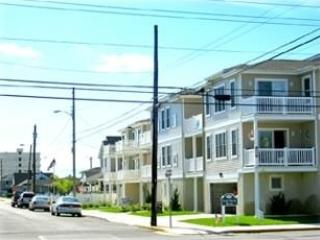 Quiet, Comfortable, Condominium - Near Beach, Wildwood Crest