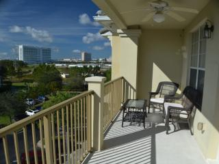 Vista Cay 3 Bed  Penthouse 407