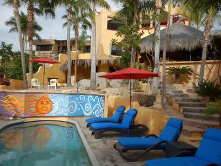 Casa Luna, Fun and Fabulous Cabo Retreat w/Arch Vw, Cabo San Lucas