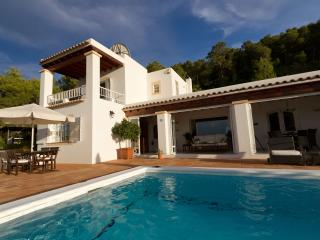 * Beautiful Villa With Pool *, Santa Eulalia del Río