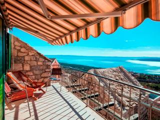 Romantic stone house TONIAII with wonderfulseaview, Brela