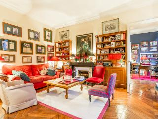 Parisian Flat in St Germain