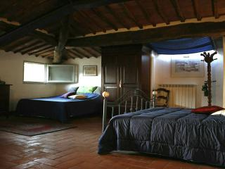Casolare in campagna vicino Siena - Blue Bedroom, Orgia