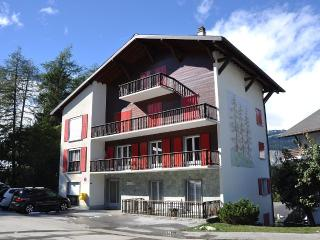Beautiful 5 rooms Golf View Ballesteros, Crans-Montana