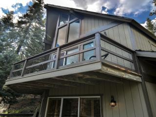 Bear Creek Inn with Lake Passes!