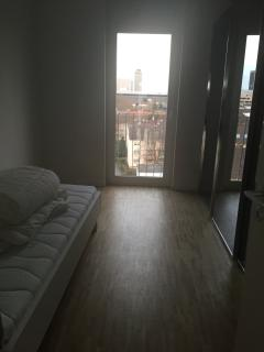 bedroom 2- view downtown