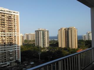 Ocean View, Walk to the Beach, Secure & Convenient, Rio de Janeiro