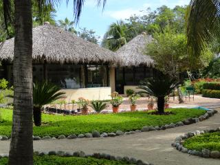 Private Beachfront Bungalows Rental