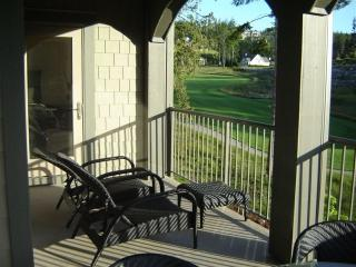 Beautiful Bear Mountain 2 Bedroom Condo