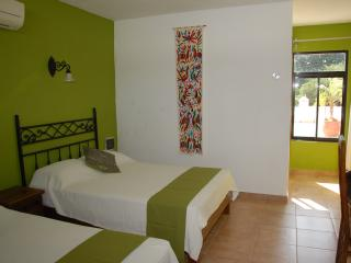 Aries y Libra - Room with 2 double beds