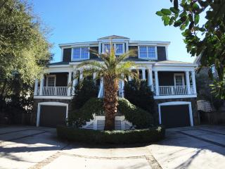 Oceanfront Home with Pool, Large Screen Porch and Private Beach Access!, Isle of Palms