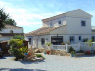 4 bedroom detached villa with private pool, Pilar de la Horadada