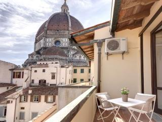 Balcone Vista Duomo apartment in Duomo with WiFi, airconditioning & balkon.