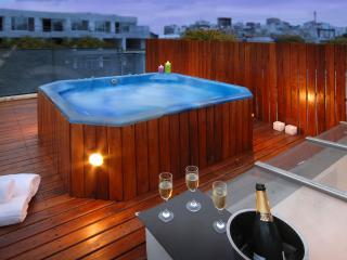 Private Rooftop with Jacuzzi!, Buenos Aires