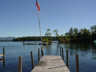 Lake Winnipesaukee Sandy beach(KON133Wf)