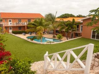 Carinjos app 2 bedrooms, Willemstad
