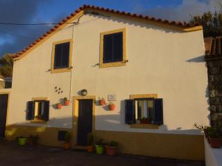 House in front of the beach in Mosteiros - Azores, Ponta Delgada