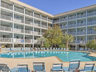 New Listing! Spectacular 2BR Hilton Head Condo w/Access to Both Indoor and Outdoor Community Pools! Near Golf, Shopping, Dining & More - Just Steps from the Private Beach!