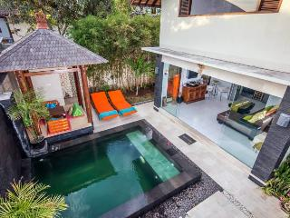 Luxury at its best Quiet and Private but only minutes to the heart of the action, Jimbaran