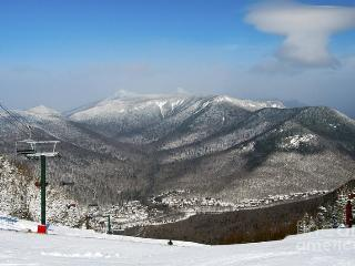 Spend Christmas in The White Mountains!