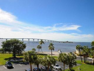Punta Rassa Condominium - Unit 305  Stunning View!!, Sanibel