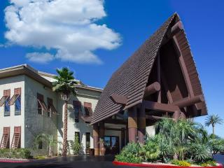 Tahiti All-Suites Luxury 2bdrm. Condo. slps6 Avail: Aug- Dec.'17 Only $799/Week!
