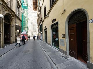 Duomo luxury Apartment, Elevator+WiFi (N. 1)