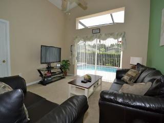3 Bedroom 2 Bathroom Pool Villa in Westridge. 460LD, Orlando