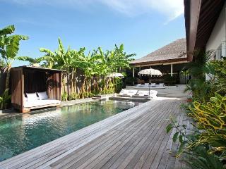 Villa La Banane  - 4 bedrooms, Mengwi