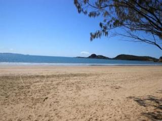 Wanda @ The Bay (Cooee Bay, Capricorn Coast, QLD), Yeppoon