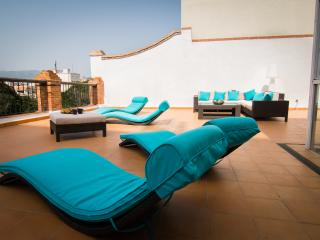 Magnificent 2 bedroom penthouse with terrace., Málaga